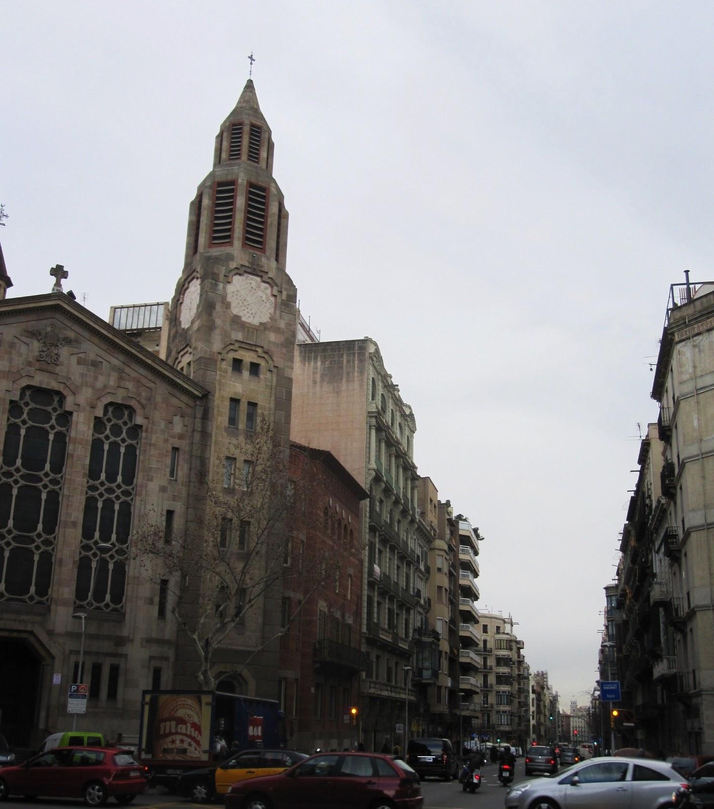 cerca puesto sentado en la cara en Barcelona