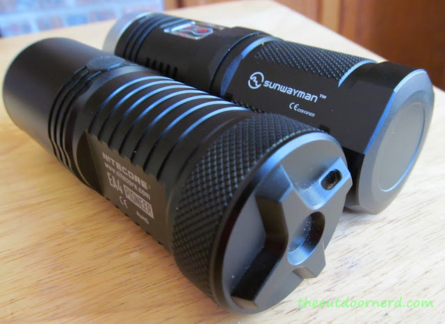 Sunwayman D40A And Nitecore EA4 - Tail First