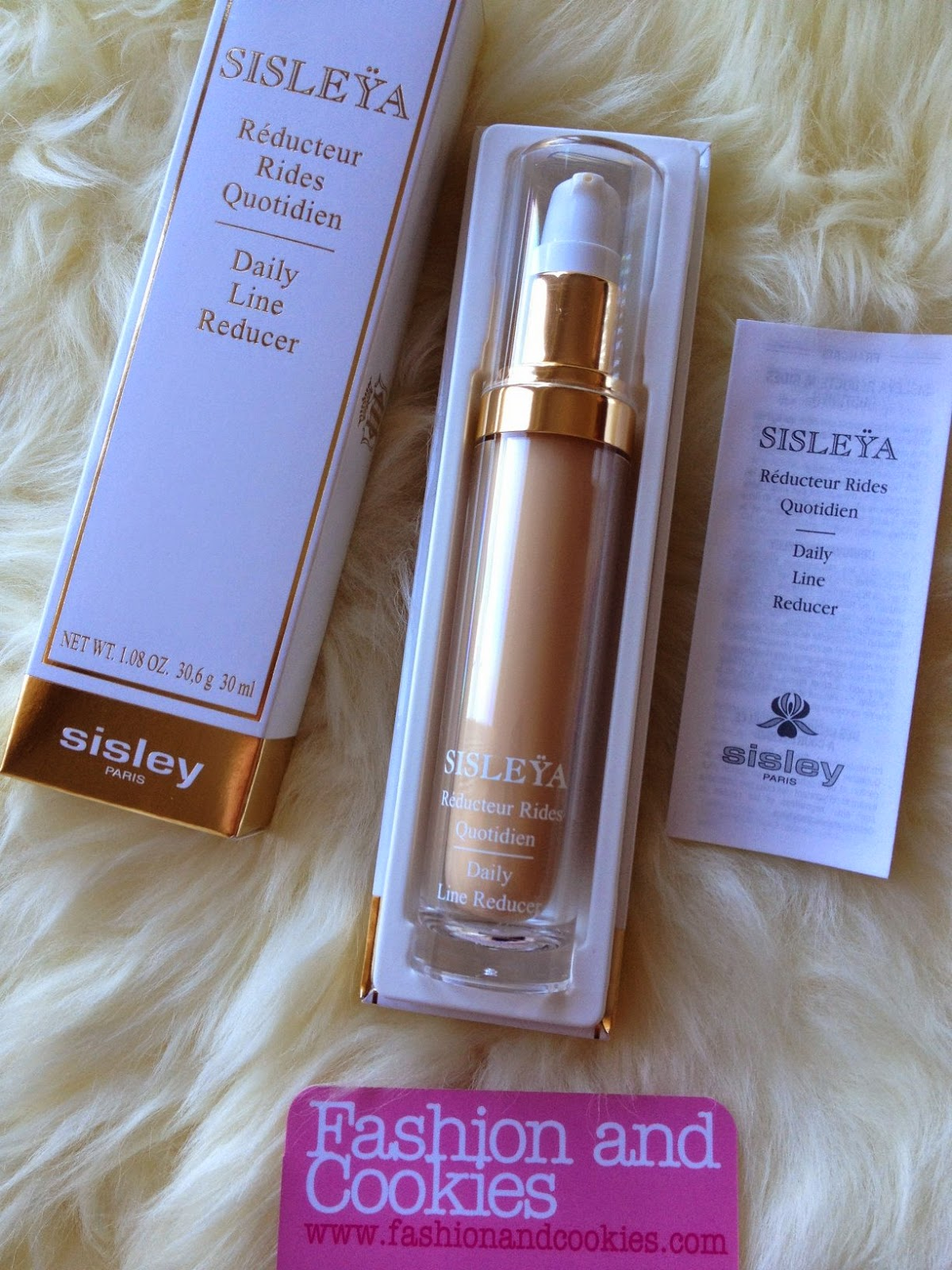Sisley Paris Sisleya Daily Line Reducer review, Sisley Black Rose Mask, Fashion and Cookies fashion blog, fashion blogger skincare advice