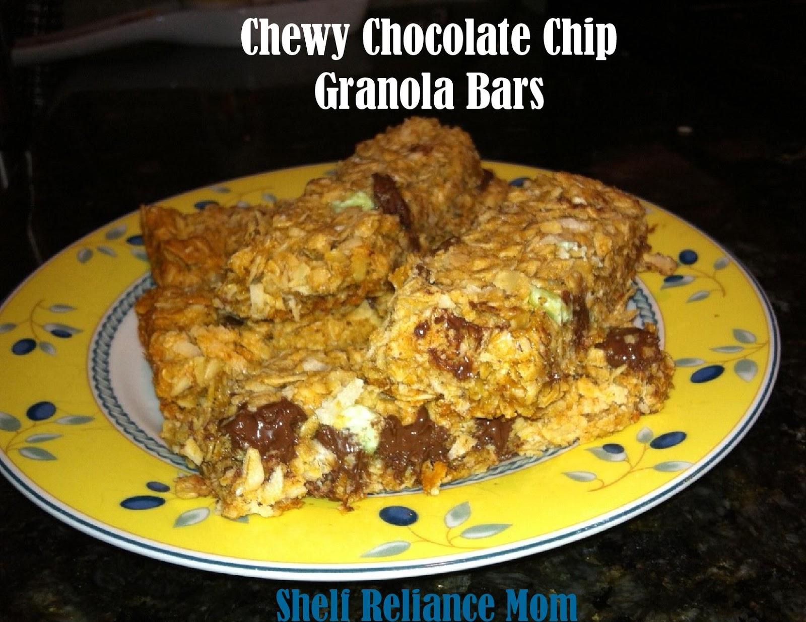 Shelf Reliance Mom: Chewy Chocolate Chip Granola Bars