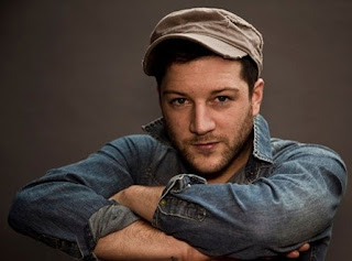 Matt Cardle - Amazing Lyrics