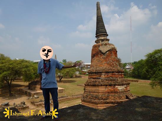 My selfie at Ayutthaya Historical Park, Thailand