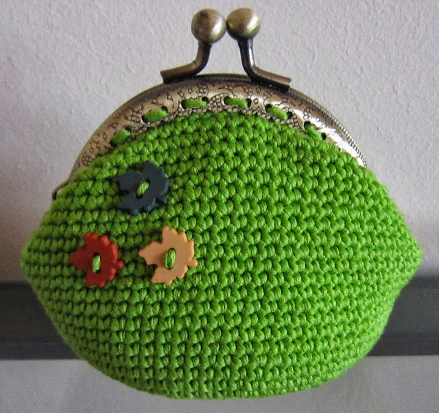 Crochet Coin Purse Pattern : ... Crochet Patterns: Free Crochet Bags, Purses & Coin Purses Patterns