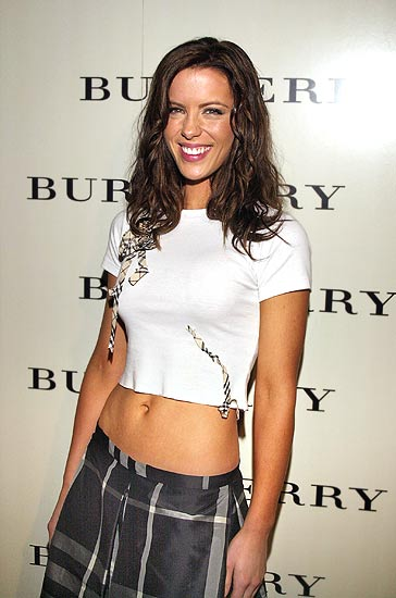 green aquini kate beckinsale english actress