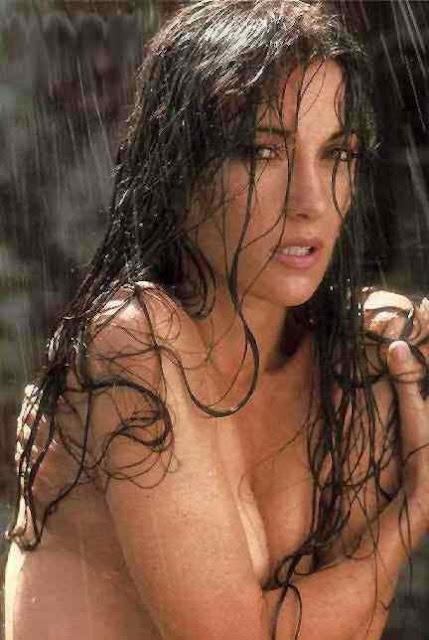 Jessica pare nude hot tub time machine 2010 - 1 7
