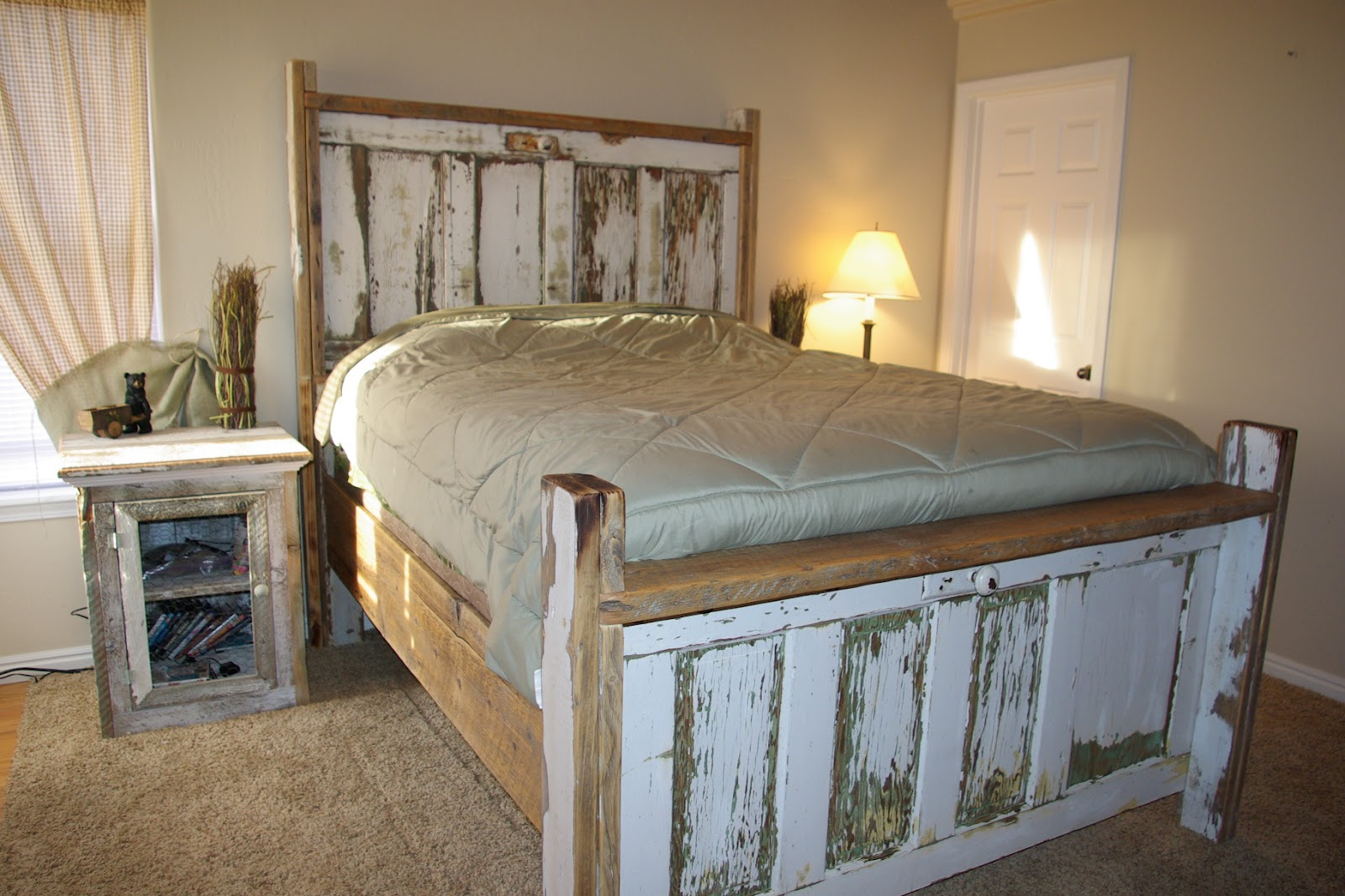reclaimed rustics vintage door headboard. Black Bedroom Furniture Sets. Home Design Ideas