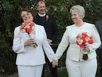 Houston Mayor Annise Parker marries Kathy Hubbard