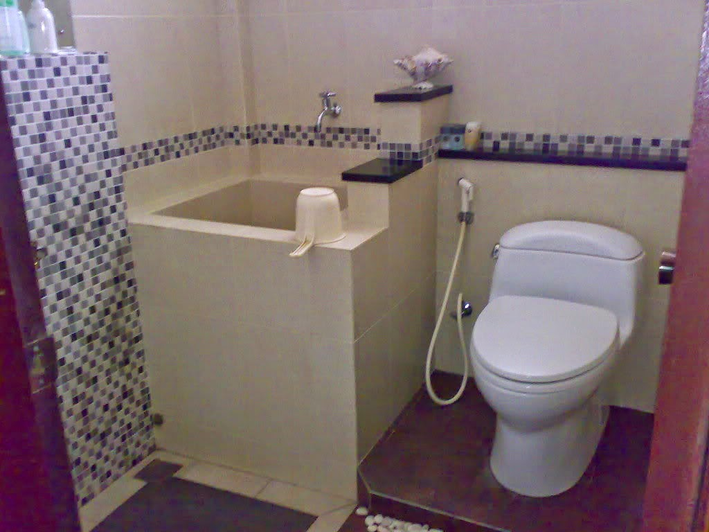 Desain Interior Rumah Desain Kamar Mandi Sederhana