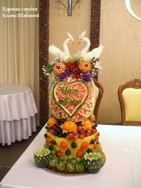 фруктовая башня карвинг южно-сахалинск
