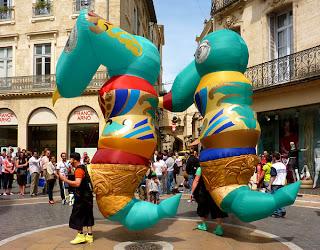 Fête dans les rues de Montpellier
