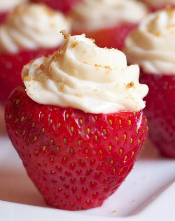 Diary of a Fit Mommy: Healthy Cream Stuffed Strawberries {PALEO}