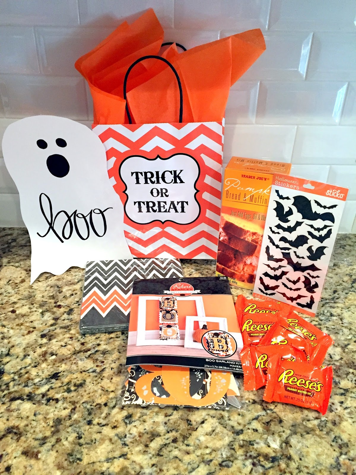 Live and Learn: Halloween Fun: BOO Poem and Ghost Printables