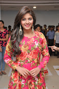 anjali latest glamorous photo gallery-thumbnail-6