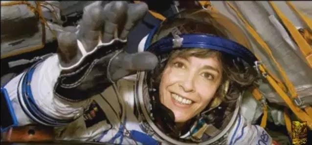 Σάλος προκλήθηκε με την απόπειρα αυτοκτονίας ενός αστροναύτη «Η Γη Πρέπει να Προειδοποιηθεί», Ούρλιαξε η Αστροναύτισσα!!!