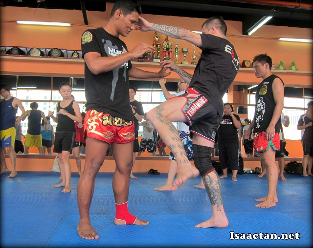 """And it begins, Zidov """"Akuma"""" Dominic showing us the techniques"""