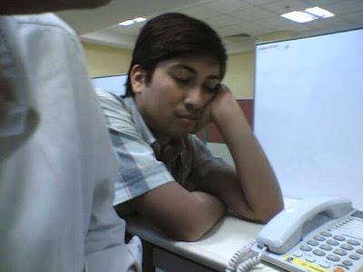 http://meandmysansar.blogspot.com - sleeping in office