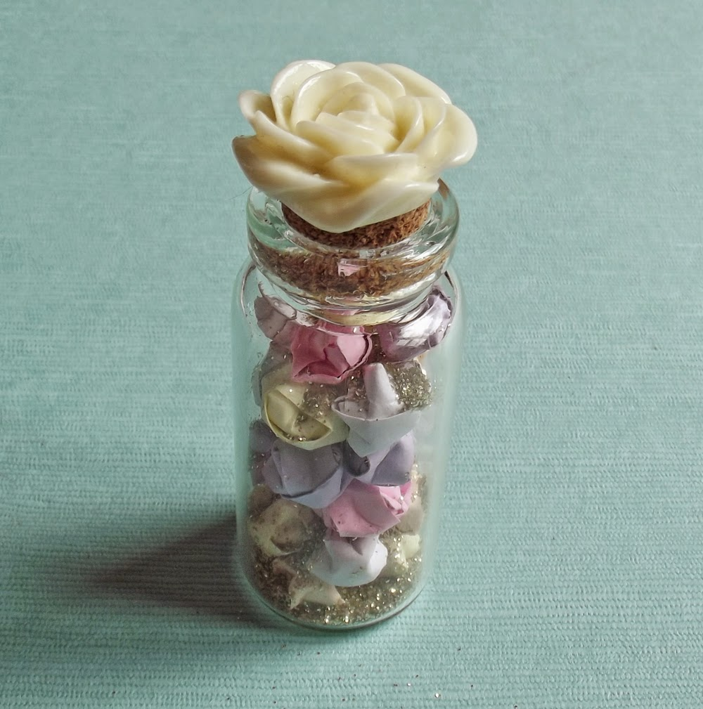 glass vial bottle stars origami lucky wish glitter gold resin rose cork diy craft how to