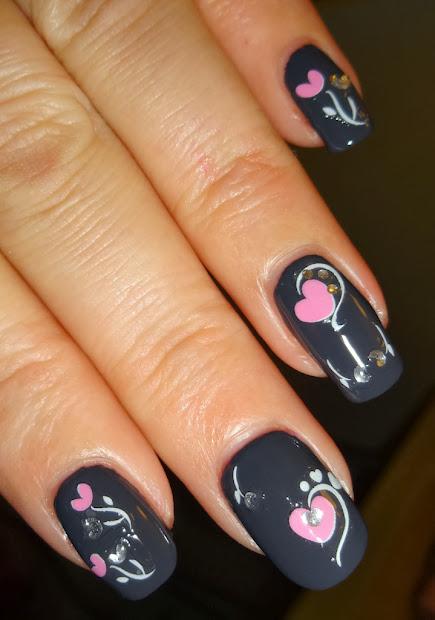 romantic valentines day nail