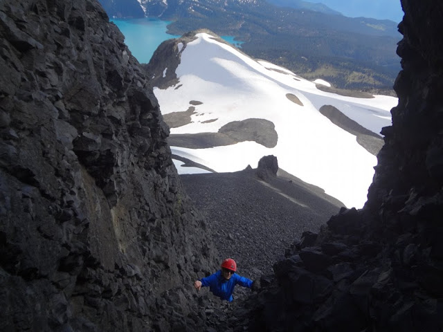 Scramble through crevasse on Black Tusk