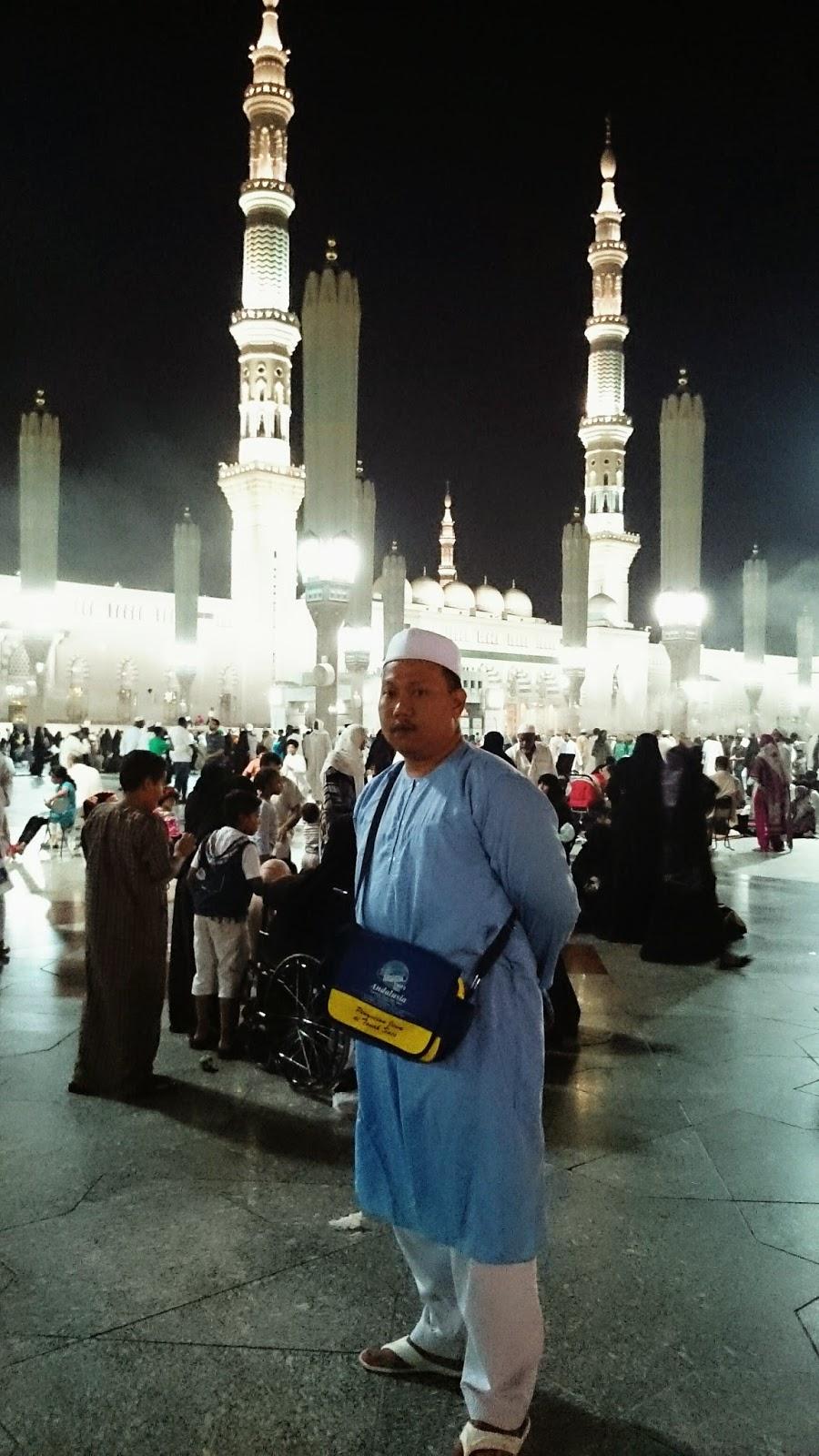 Nabawi Baju Koko Al Marwah Putih Daftar Harga Penjualan Terbaik Pria Keren Katun Coklat Kok 1735 Subahanallah Ramainya Umat Islam Solat Hari Raya Terutama Wanita Saya Dan En Suami
