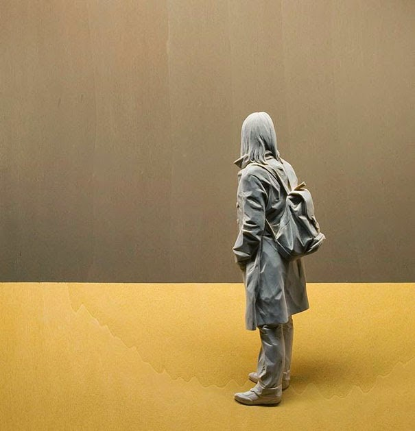 realistic wooden sculptures peter demetz-5