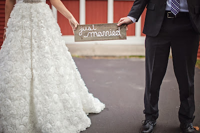just married reclaimed wood sign6