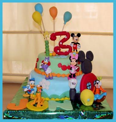 Mouse http://tartashelena.blogspot.com/2011/07/tarta-casa-de-mickey