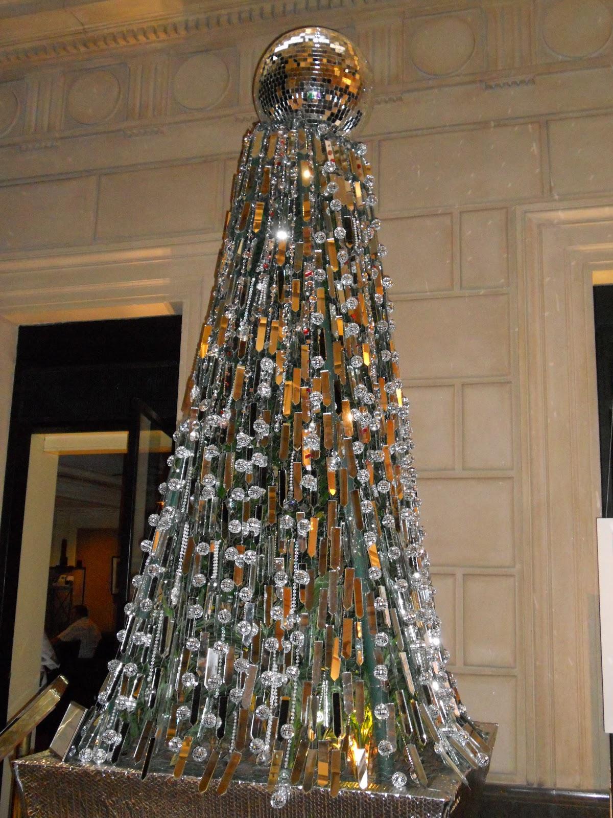 Dise o moda pasarela avant premiere n el 2012 - Arbol de navidad diseno ...