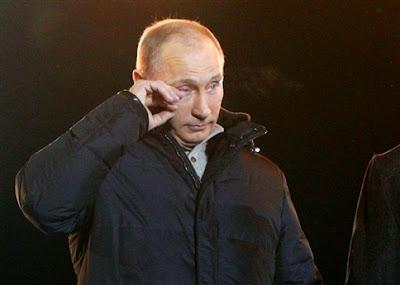 """""""DISSE QUE VENCÍAMOS E VENCEMOS"""", lembrou Putin emocionado"""