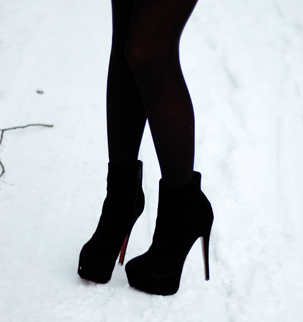 black, boots, shoes, heels, red,  winter, legs