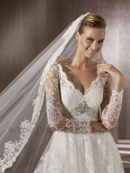 peinados: chaquetas y boleros para novias pronovias 2012
