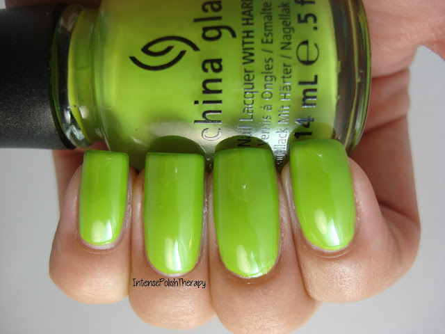 China Glaze - Def Defying