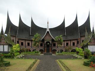 Tradisi Turun Baka Pada Masyarakat Minangkabau