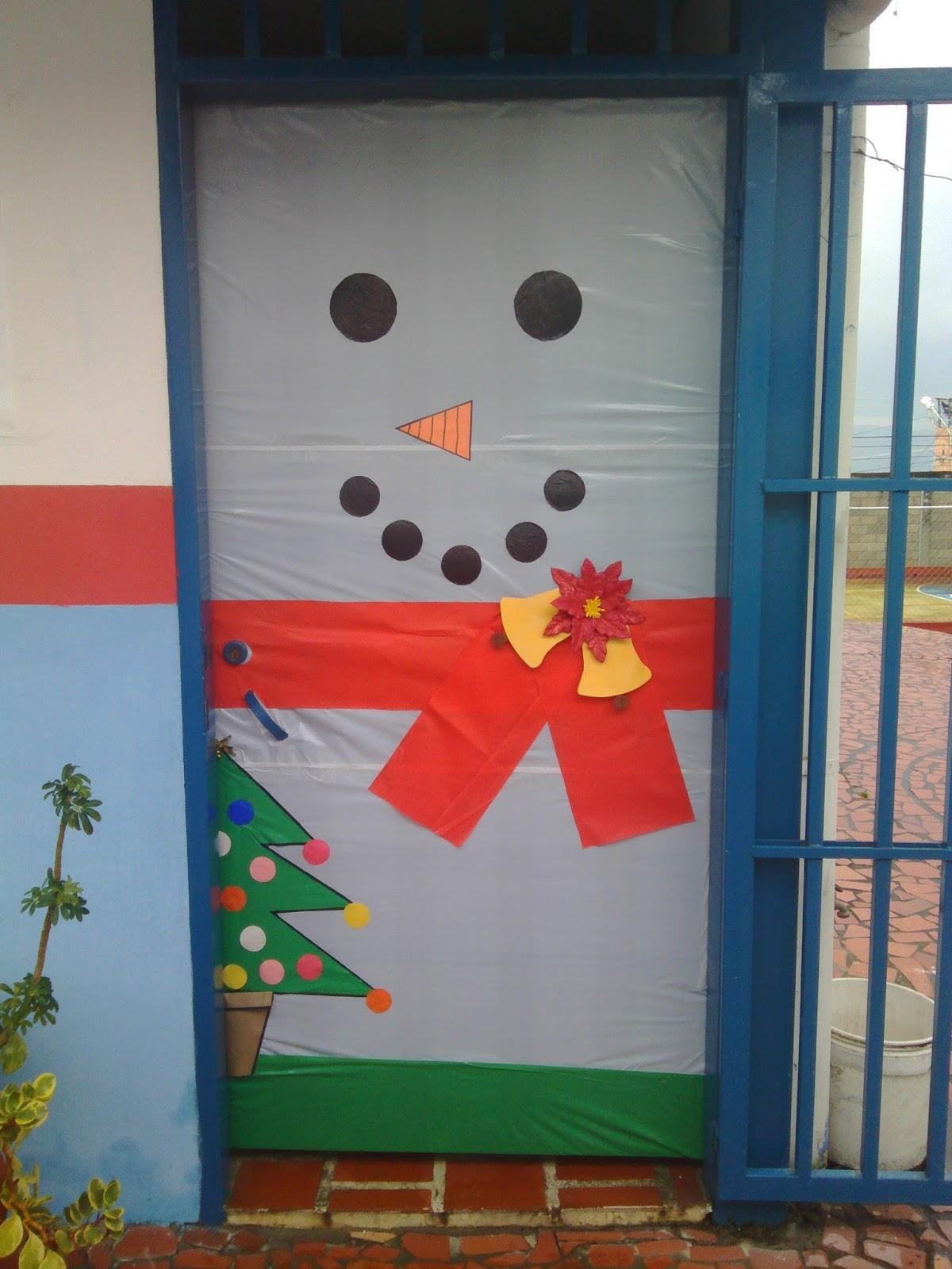 Coordinaci n c e i el abejal decoraci n navide a for Decoracion navidena para oficinas