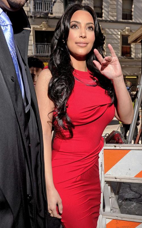 kim kardashian 2011 april. Kim Kardashian out in New York
