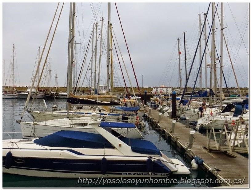 Veleros en el puerto deportivo de Pasito Blanco