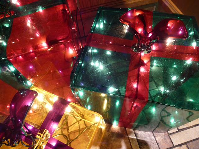 Christmas parcel lights