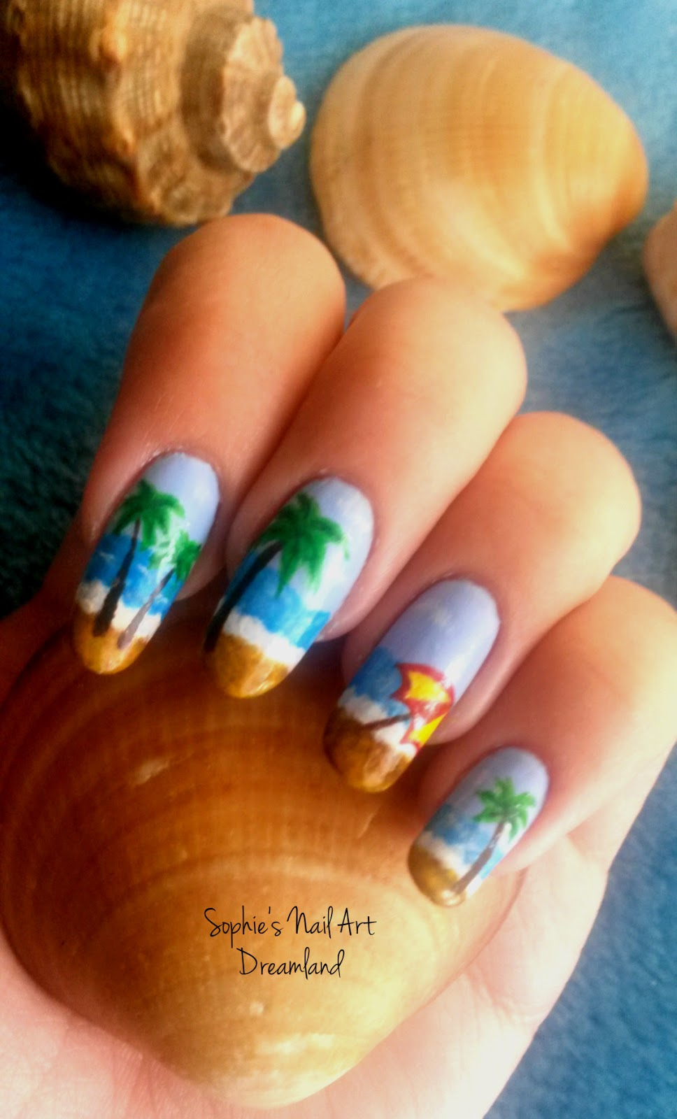 Nail art marathon 2015 4 palm trees sophies nail art dreamland for this manicure i used moyra bubble gum 628 jelly bean as a base color and painted everything with acrylic colors i really enjoyed painting the palm prinsesfo Image collections