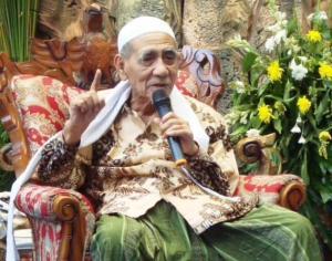 Mbah KH Maemun Zubair