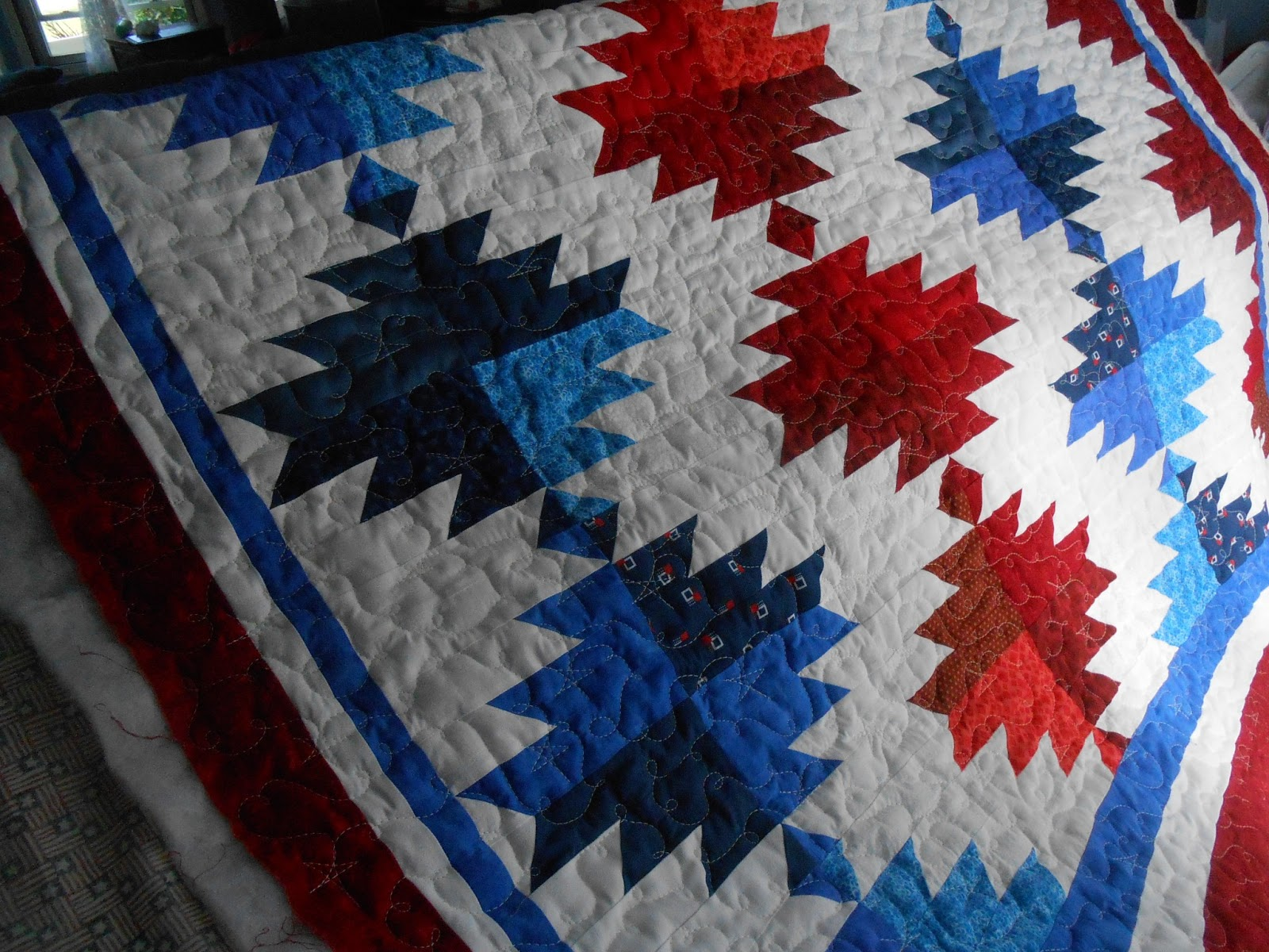 Pumpkin Patch Quilter: Lois's Veterans Quilts : delectable mountain quilt - Adamdwight.com