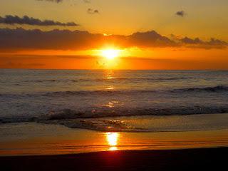 Decorar foto con un atardecer en la playa
