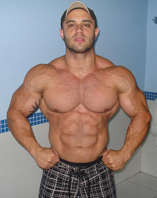 Worldwide Bodybuilders: Brazilian bodybuilder Guilherme