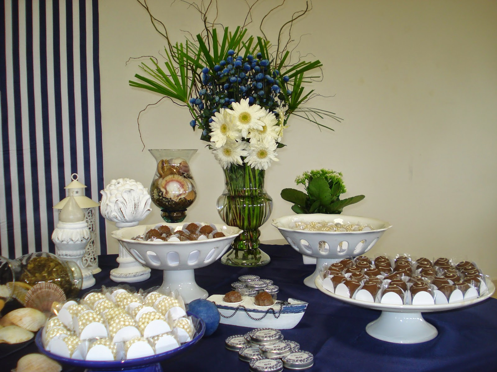 PERSONALIZADAS: FESTA ANIVERSÁRIO MASCULINO AZUL MARINHO E BRANCO #435F16 1600x1200 Banheiro Azul Marinho Com Branco