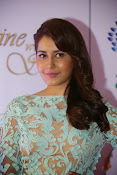 Rashi Khanna at Dinner with Stars-thumbnail-20