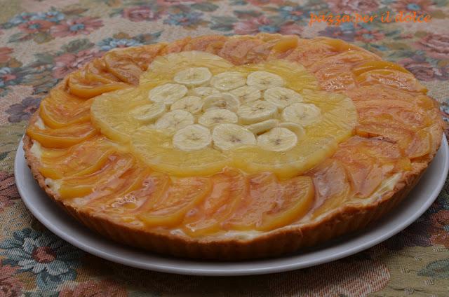 crostata di frutta con pasticcera alla vaniglia