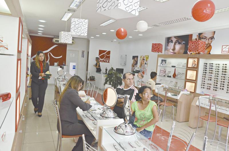 17882280aeffb Óticas Diniz inaugura loja em Juazeiro (BA)