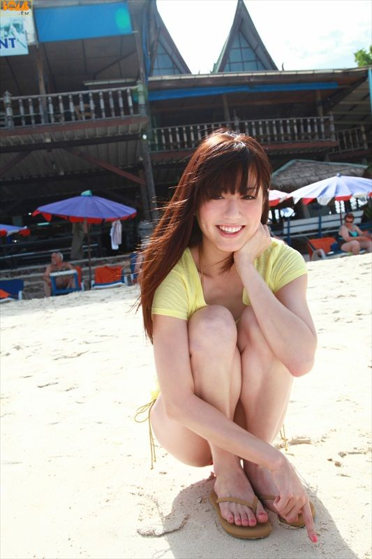 Yumi Sugimoto - Bomb.tv Photoshoot