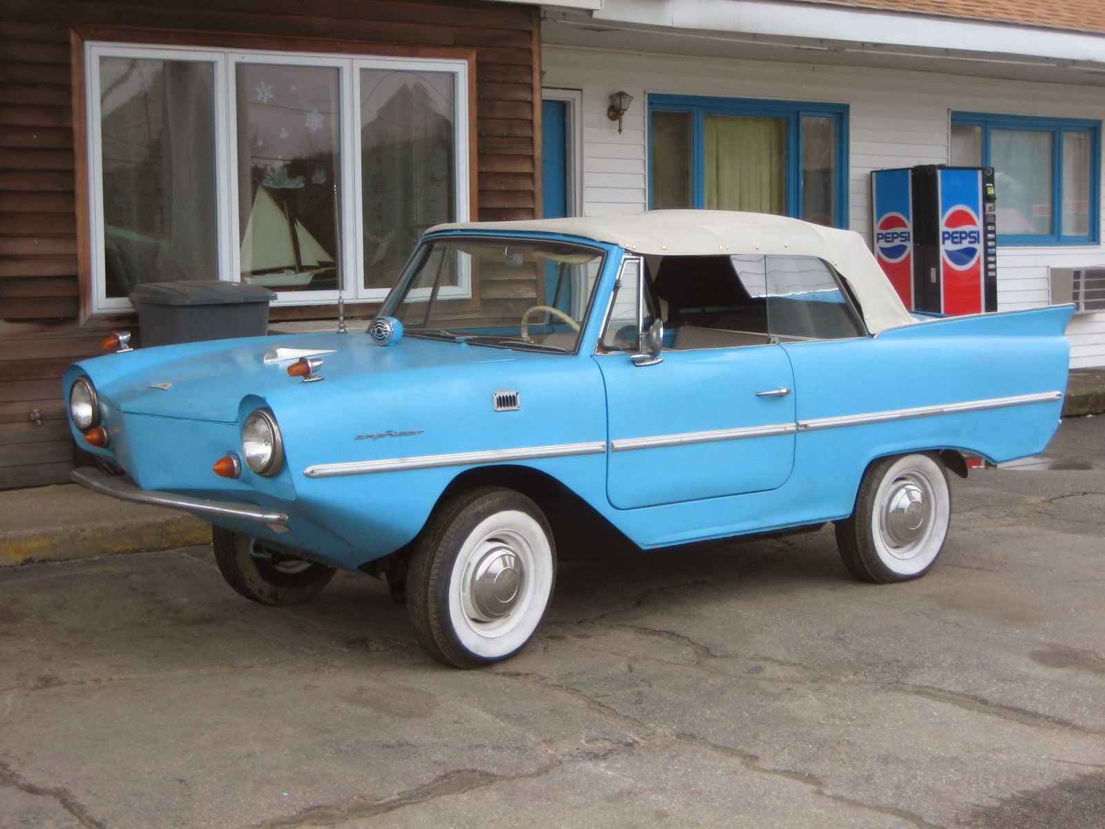Daily Turismo: DTO: Floatel 6: 1967 Amphicar