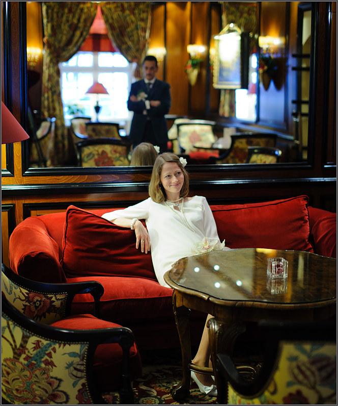vestuvių fotosesija viešbutyje žiemos metu