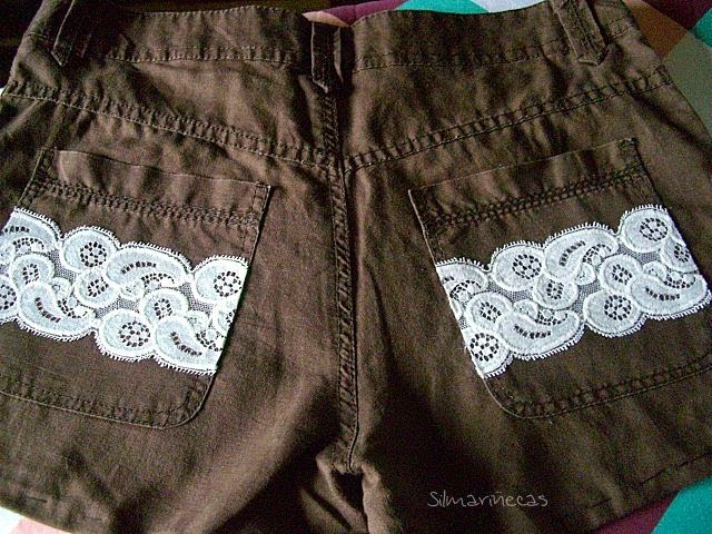 Bricomoda - cortar shorts y decorar con encaje.